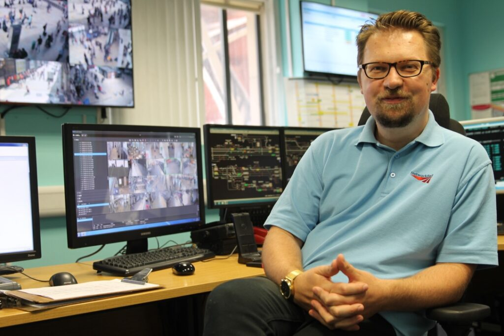 In tonight's episode, a heatwave hits the network hard, signalling equipment is out at Didcot and a surfeit of insects plague trains' windscreen wipers. Graeme Parker in the London Paddington control room.