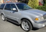 Lincoln Navigator - For sale…Lincoln Navigator…1998…registered in UK 2005..In silver with full grey leather interior..7 seats..22inch alloys with good tyres..5.3 V8 with LPG…new spark plugs..oil and filter changed..4 speed auto transmission..Uk towing electrics..MOT till December 21…£6500 ono
