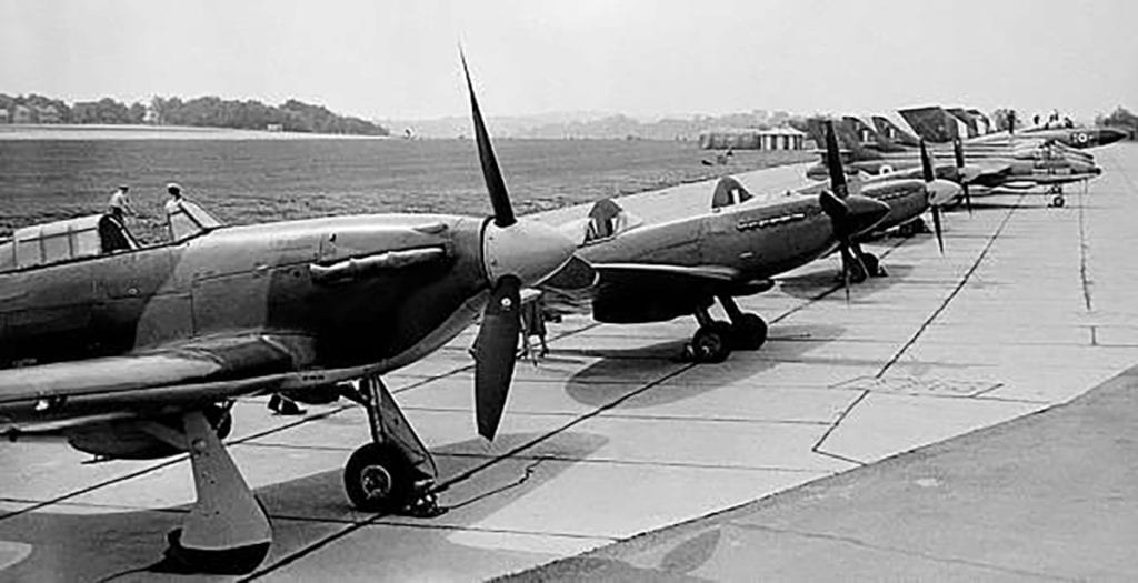 Aviation Classics - Spitfire 12