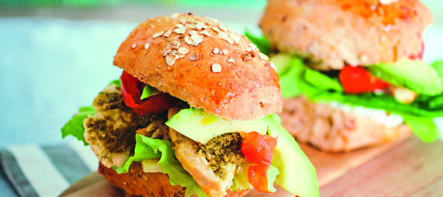 GRILLED PESTO CHICKEN SANDWICH WITH LETTUCE & AVOCADO