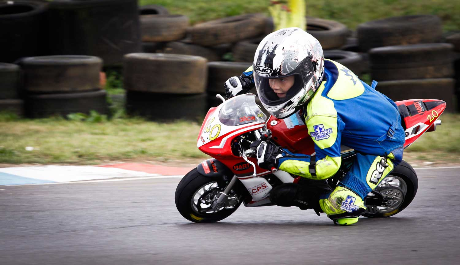 10 year old Jack Hart – one of the incredible junior mini-moto racers