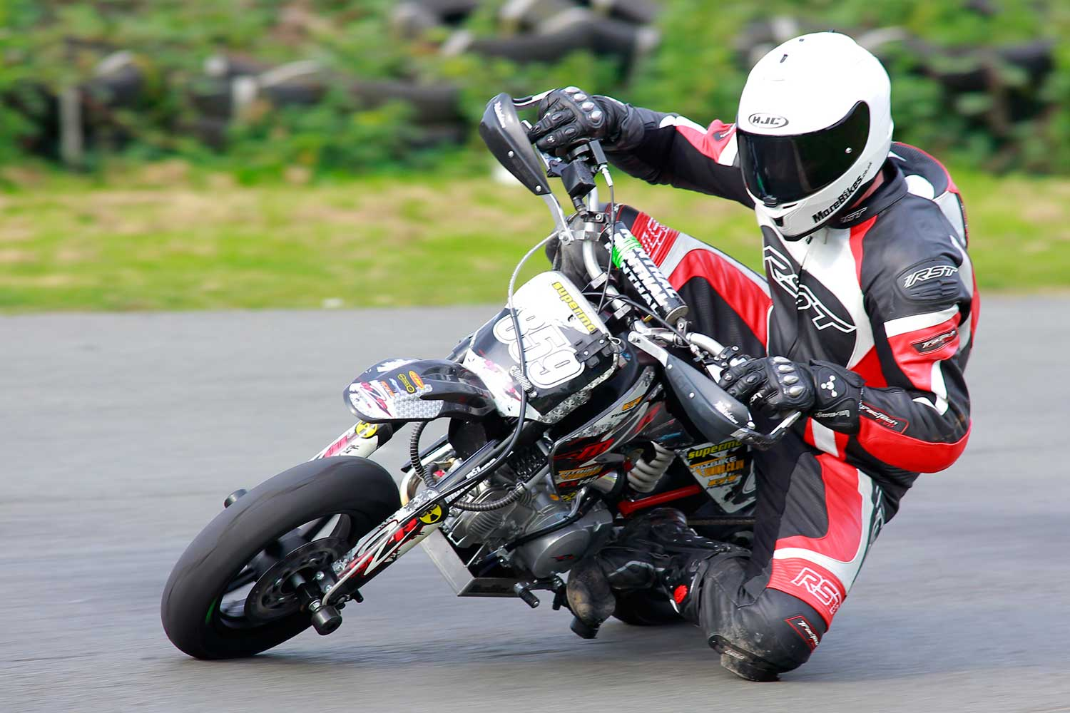 John on his M2R at Stretton. Photo by Mark Hall