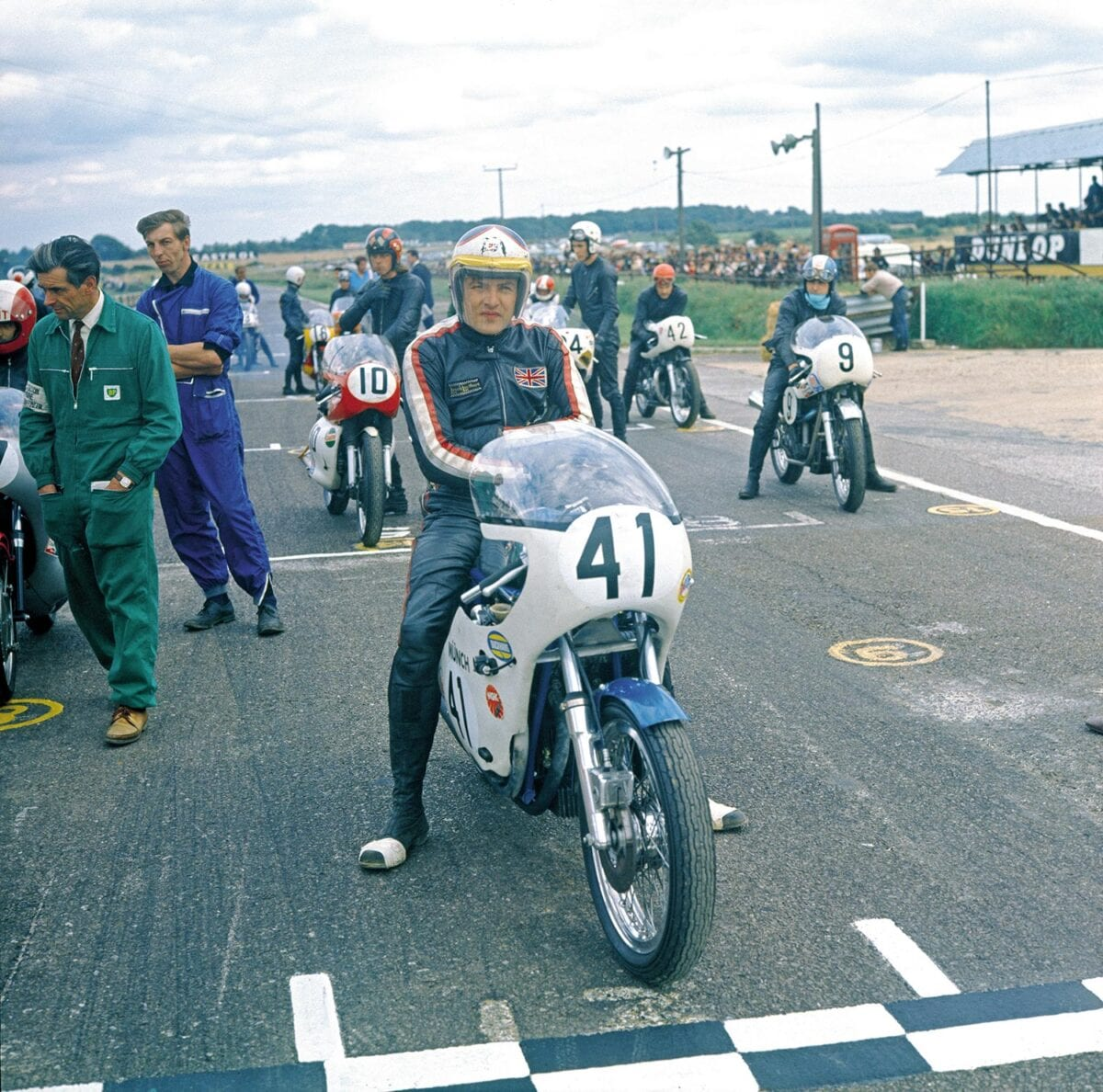 Tony-Jefferies-on-the-four-cylinder-Munch.-Credit---Mortons-Archive