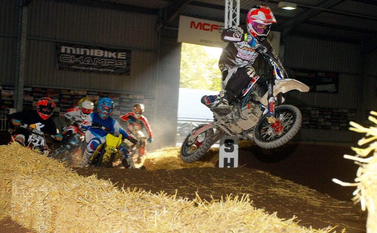 MiniBikes - Russell Griffiths_Holeshot