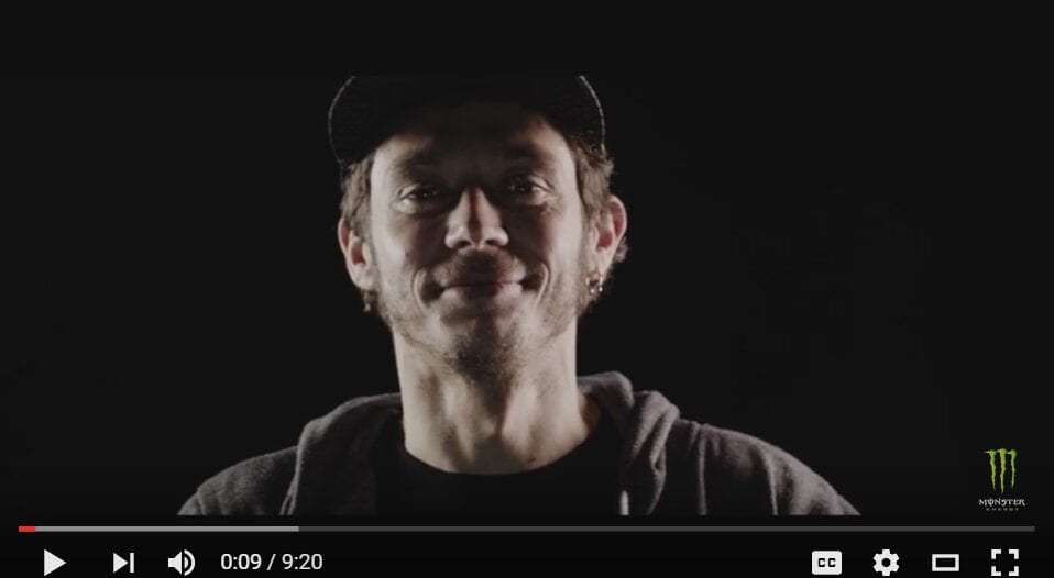 2016-05-06 08_40_15-Valentino Rossi_ The Doctor Series Episode 1_5 - YouTube