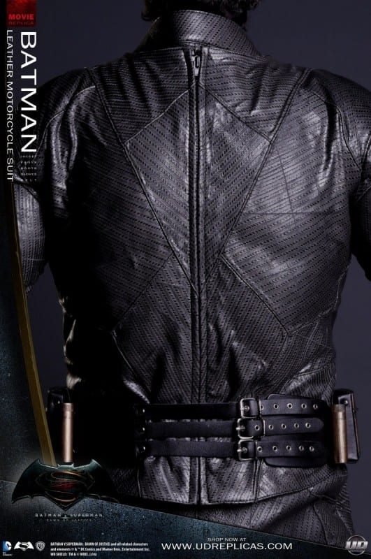 new-batman-and-superman-motorcycle-leathers-from-ud-replicas_14