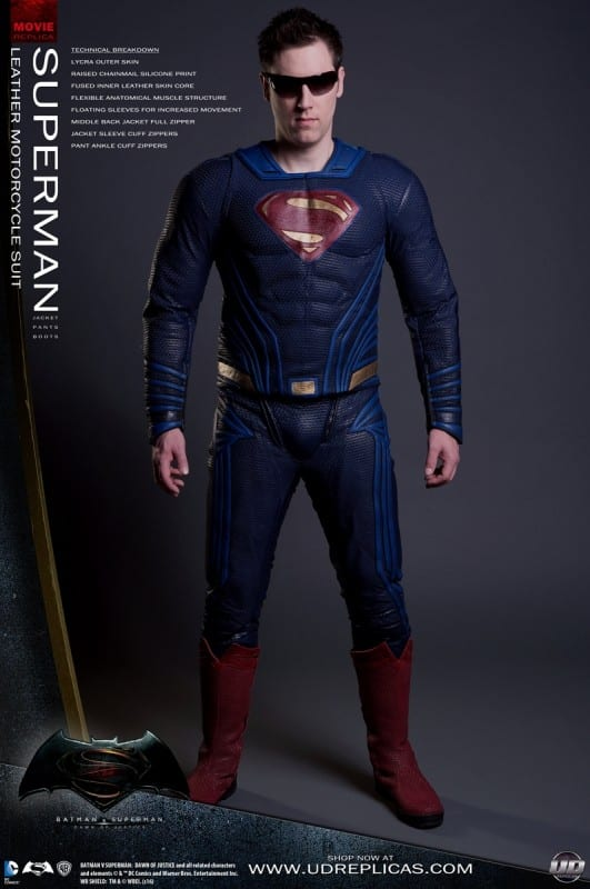 new-batman-and-superman-motorcycle-leathers-from-ud-replicas_15