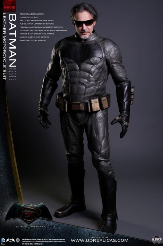 new-batman-and-superman-motorcycle-leathers-from-ud-replicas_4