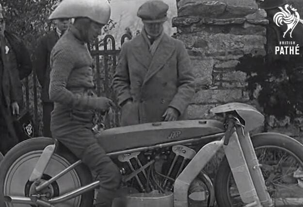 150 Miles An Hour On A Motorcycle! (1930)