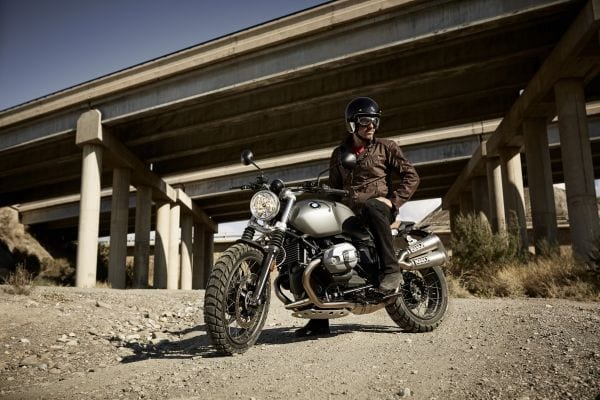 P90203118_lowRes_the-new-bmw-r-ninet-