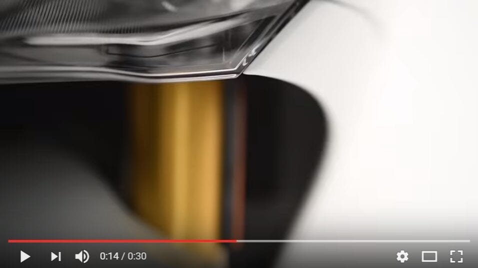 2016-09-30-09_22_47-2017-new-ducati-939-supersport-teaser-video-youtube