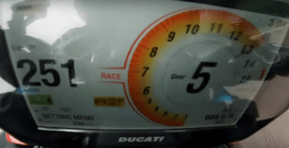 14,500 and the fun's over - from 13,000 revs the dial changes from orange to red. If you're looking at this and not the road/track ahead then you're already in trouble...
