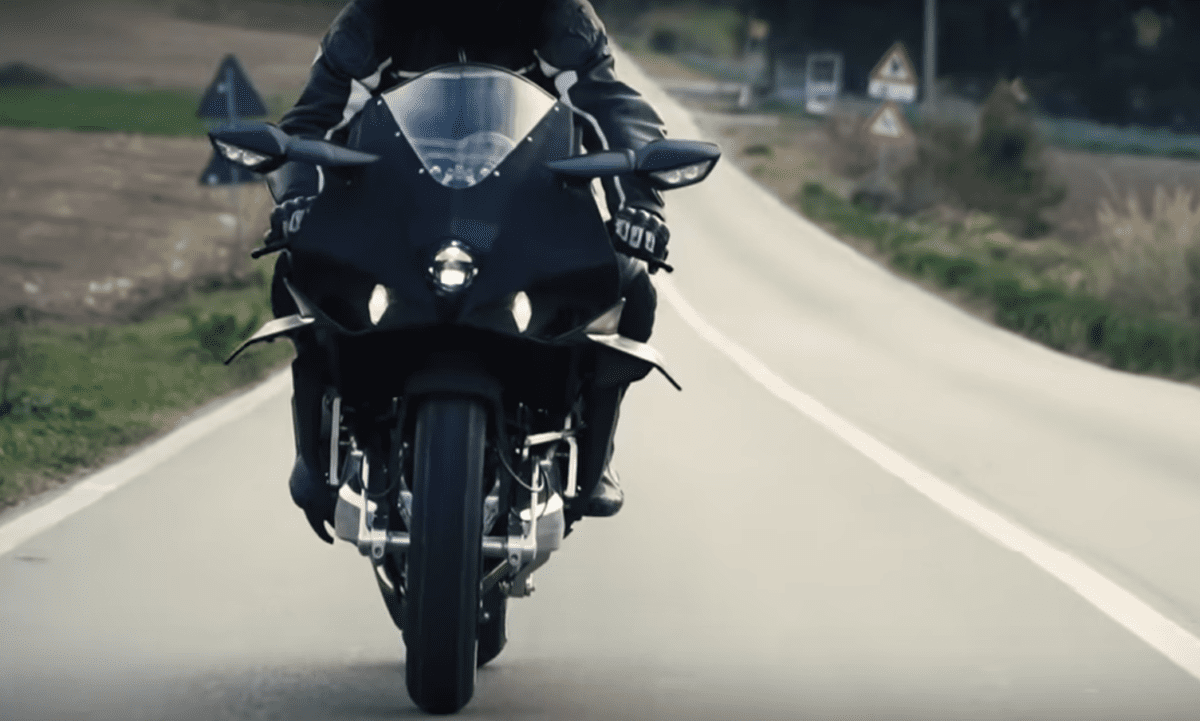 The Bimota H2 Tesi motorcycle looks so, so good in black. That front end looks even more menacing with no other colours around it to detract from the chunky look.