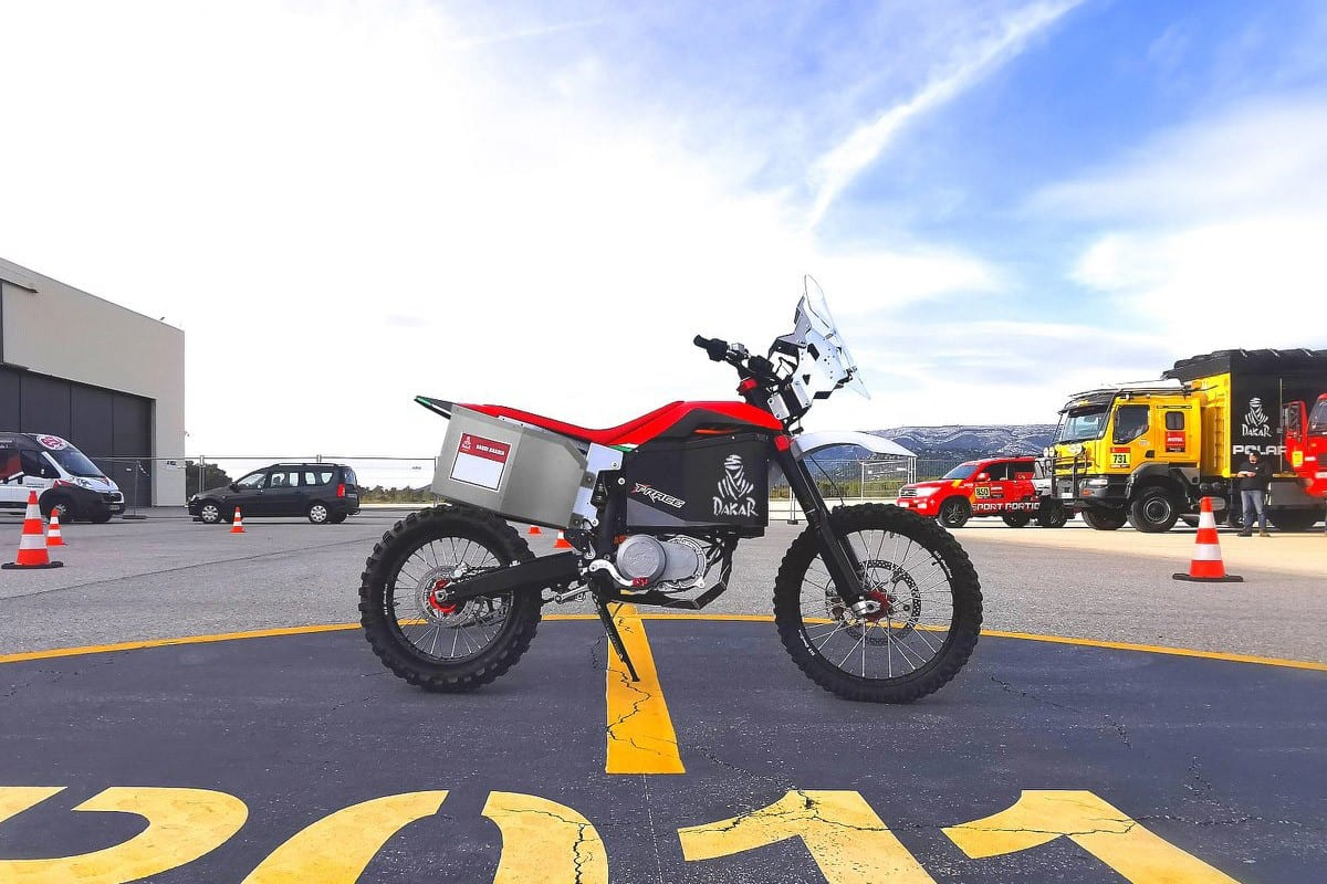 Tacita's ELECTRIC T-Race Rally motorcycle will RACE in the Dakar (sort of).