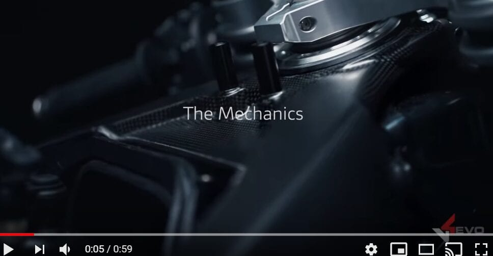 You can clearly see the carbon frame in close-up detail for this Ducati Superleggera video.