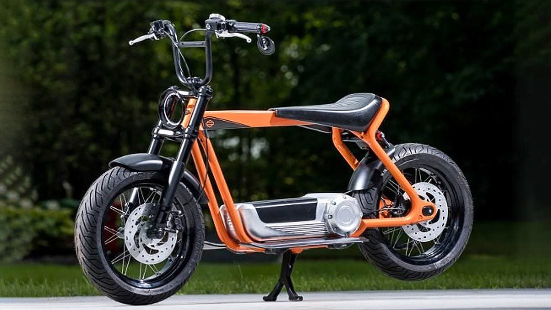 Wire wheels, handlebar drop mirror, long seat and stretched frame. It kind of looks like the sort of thing a teenager would put together in their garage back in the 1970s. The electric motor and big battery, plus that sweet round LED headlight are the only real modern convention - looks wise.