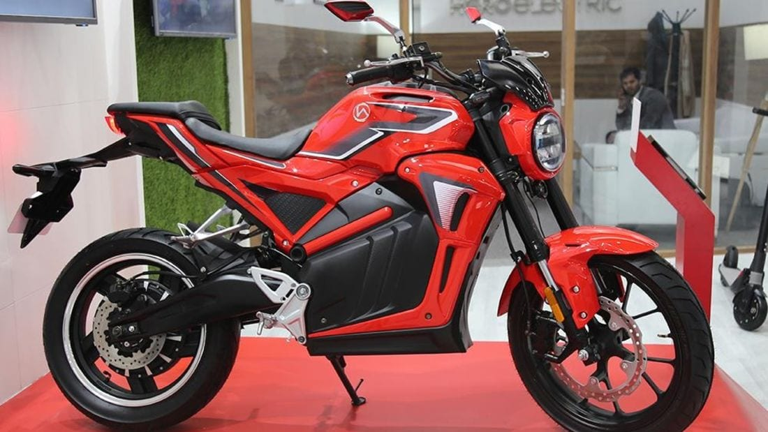 £1800 for this Hero motorcycle. This feels like a lot of small motorcycle for the money - and it's electric