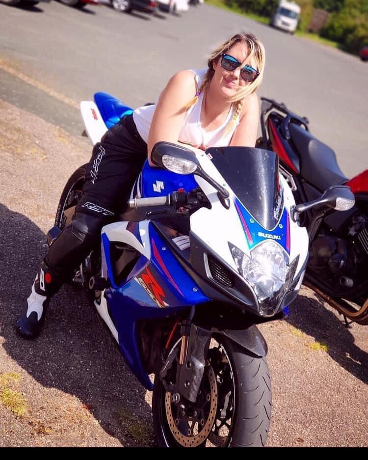 Tahnee Attwood reviews Dainese Impeto Motorcycle Gloves